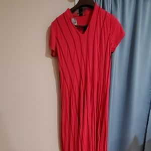 New dress. Spandex and rayon fushia and black dres